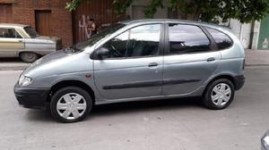 Renault scenic 1999 con gnc vendo hoyyyy