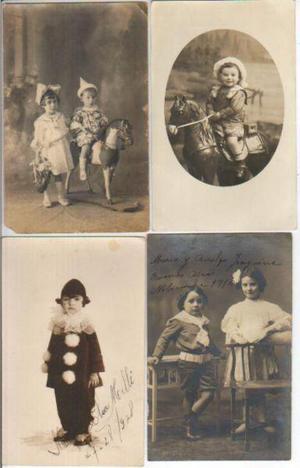 Lote 4 fotos postal antiguas de chicos con juguetes y