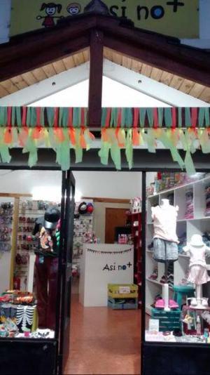Vendo fondo de comercio local ropa para chicos
