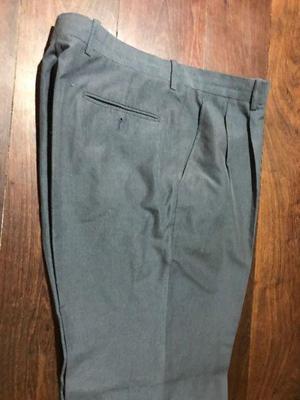 Pantalón de vestir hombre talle 48 usado