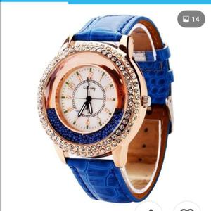 Reloj pulsera con strass