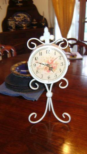 Reloj mesa metalico estilo antiguo vintage doble disco