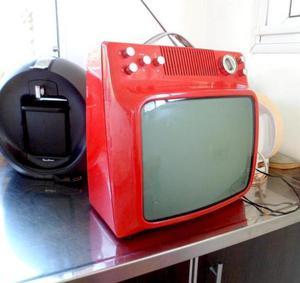 Antiguo tv blanco y negro retro vintage funciona hay varios