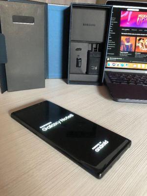 Samsung note 8 black •