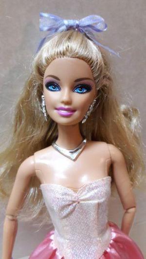 Muñeca barbie fashionista articulada cabeza intercambiable