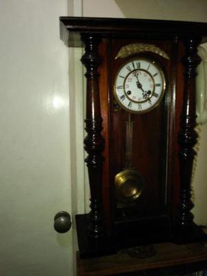 Reloj de pendulo marca junghans (aleman)
