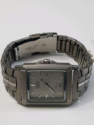 Reloj hombre citizen titanium