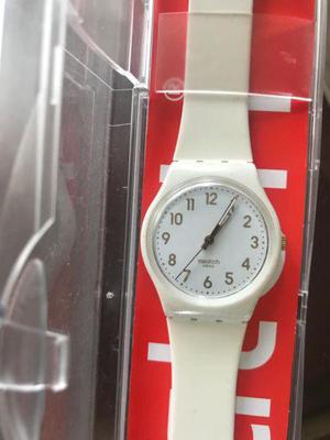 Reloj swatch blanco