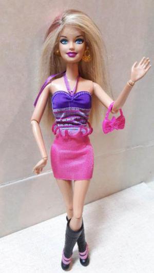 Muñeca barbie fashionista sassy and swettie super