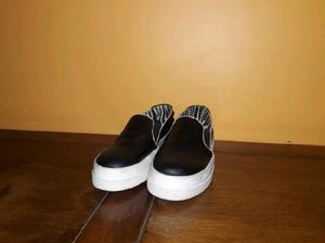 Zapatillas panchas negras