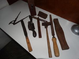 Lote de herramientas antiguas de carpintero