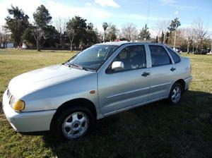Volkswagen polo clasic