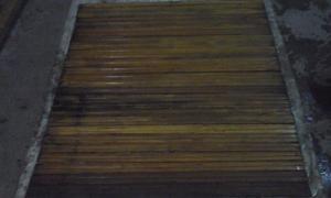 Rollo de cortina de madera