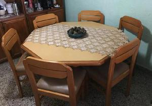 Juego de mesa comedor con seis sillas!