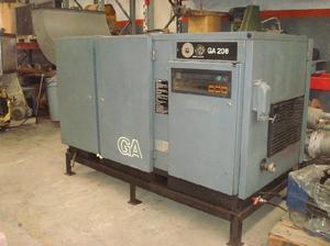 Compresor a tornillo atlas copco de 25 hp.