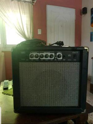 Vendo guitarra eléctrica con amplificador