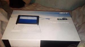Vendo netbook en su caja o permuto