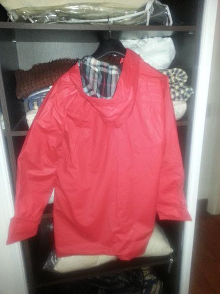 Campera impermeable forrada rompeviento - olivos