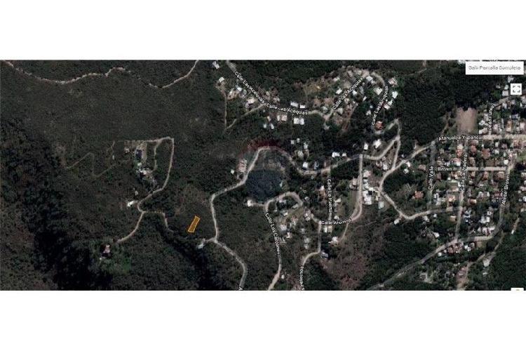 Remax vende terreno rio ceballos