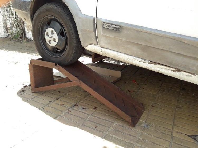 Rampa para elevar el auto en quilmes