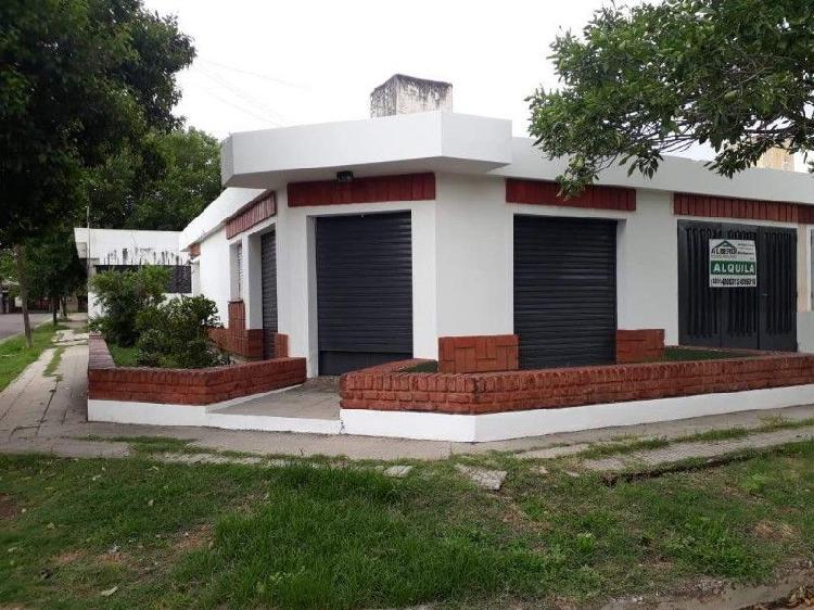Casa de dos dormitorios en alquiler local/ alto alberdi