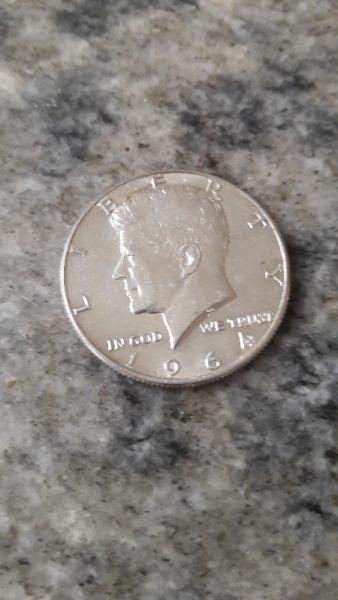 Moneda kenedy plata 900