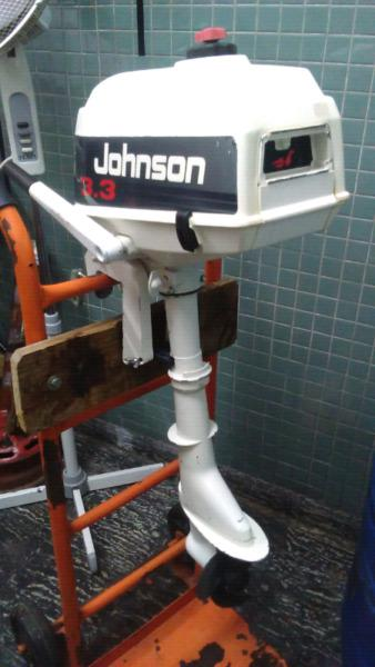 Motor johnson 3.3 hp pata corta