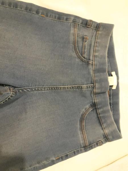 Pantalón jean chupin h&m nro 34 elastizado nuevo