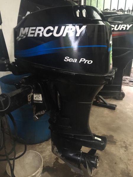 Motor fuera de borda mercury 40 hp 2000