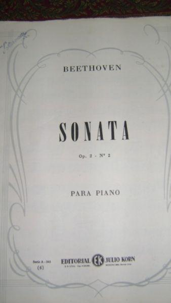 Partitura para piano sonata op 2n* 2 de ludwig van beethoven