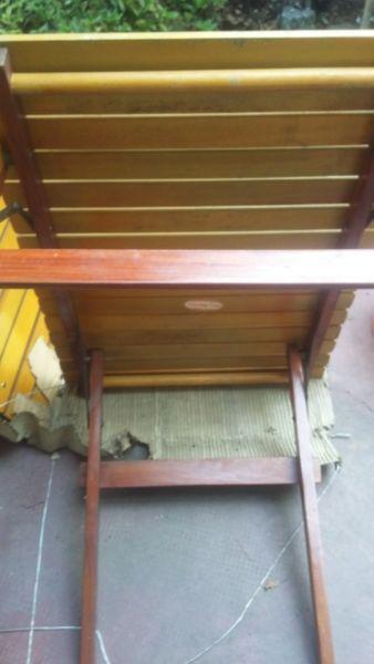 Mesa de madera plegable para jardin o camping nueva