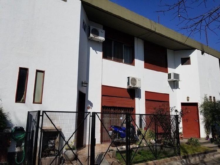 Duplex En Venta 4 Amb. Reciclado a nuevo, Excelente!