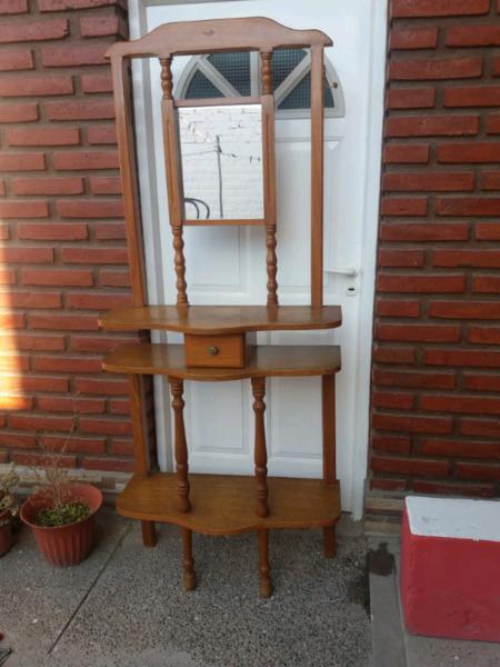 Mueble de Roble decorativo