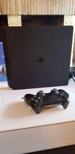 PlayStation 4 Slim con 2 juegos!! Urgencia vender!!