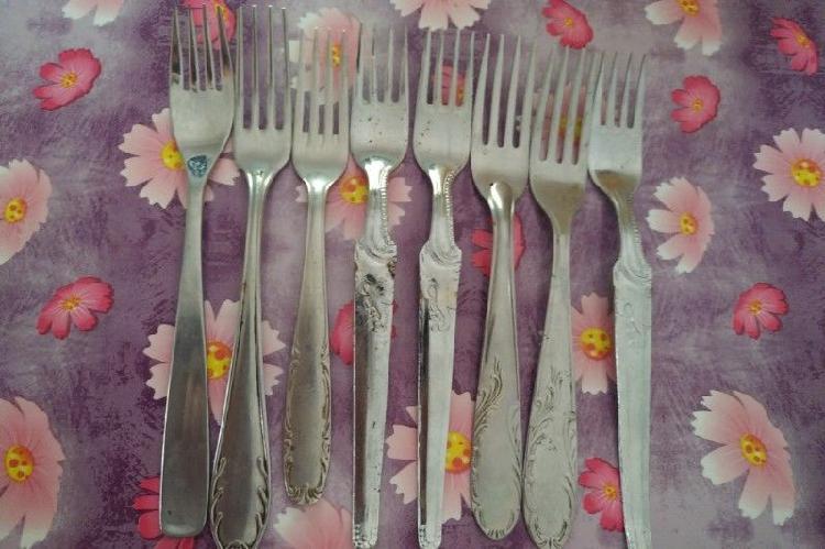 Tenedores/cucharas de distintos juegos