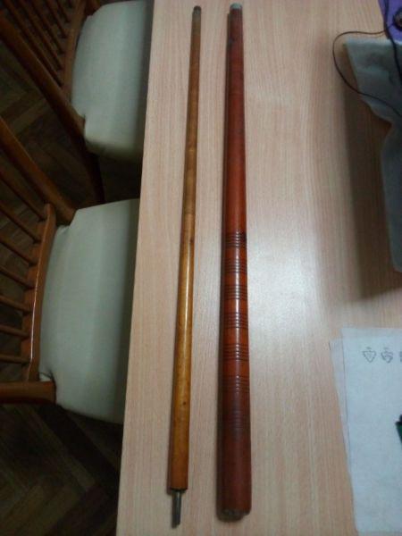 Antiguo taco de billar madera impecable