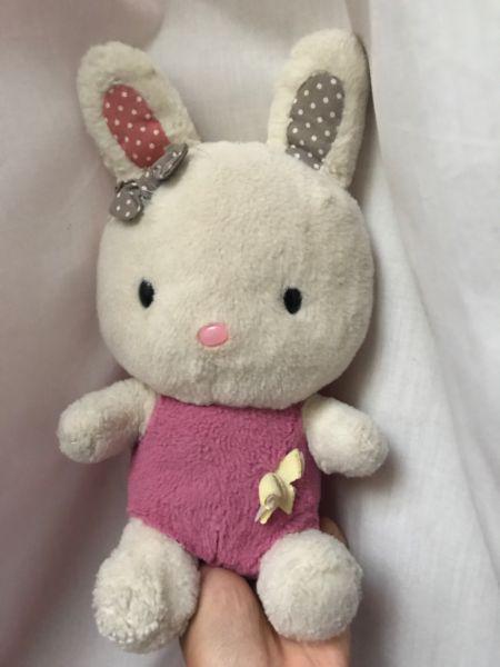 Peluche de conejo nuevo