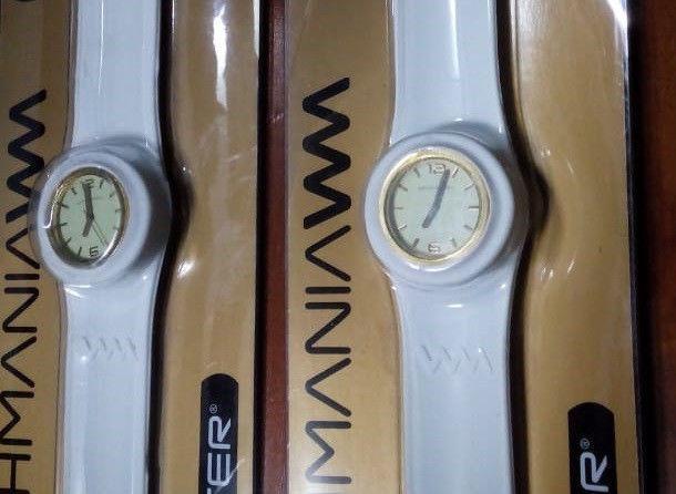 ee21a342d382 Reloj pulsera blanco   ANUNCIOS Mayo