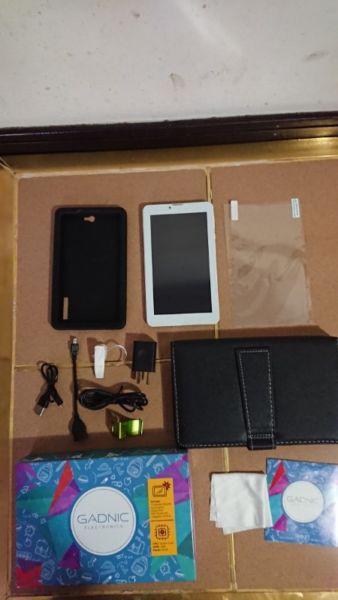 Tablet gadnic 7 pulgadas 16gb 1 ram 4 nucleos con teléfono