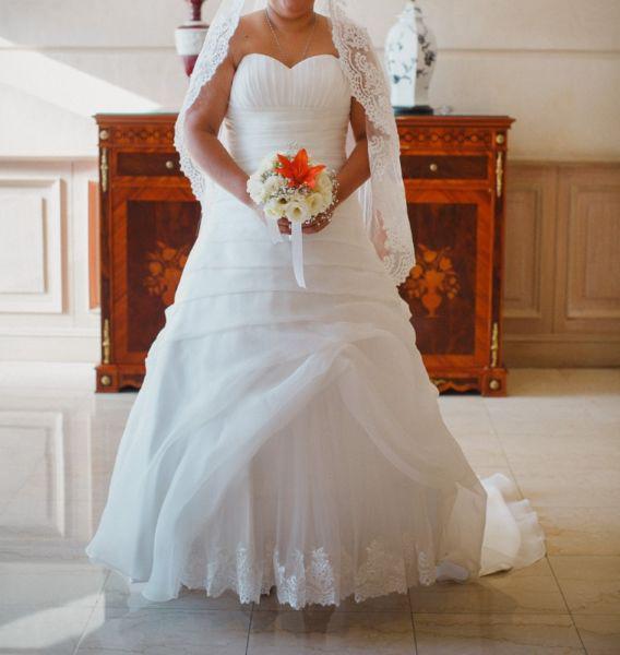 Vendo vestido de novia nuevo marca mis secretos