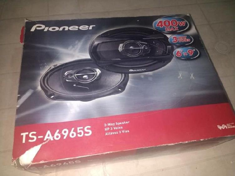 Parlantes pioneer 6x9 400w