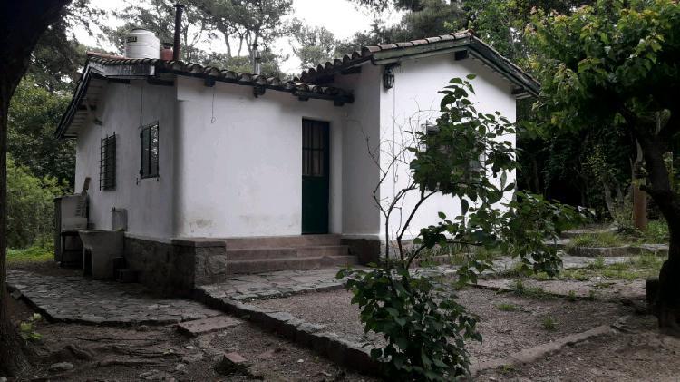 La falda alquiler permanente pequeña casa de 2 dormitorios