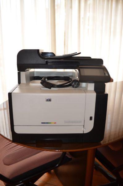 Impresora hp laser jet cm1415 color - usada impecable