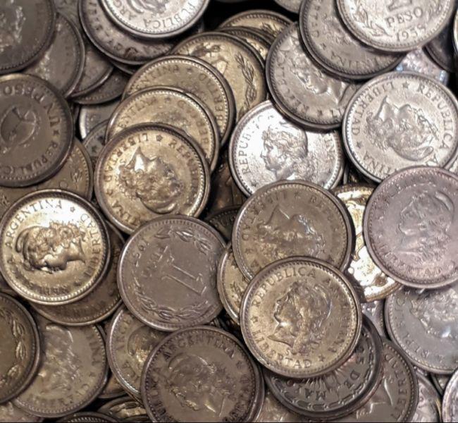 Monedas argentinas un peso 1956 / 1969 colección