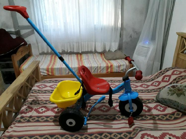 Vendo triciclo chicco