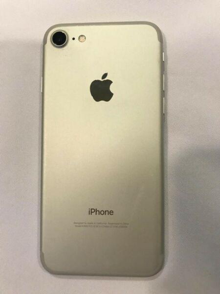 Iphone 7 32 gb silver usado