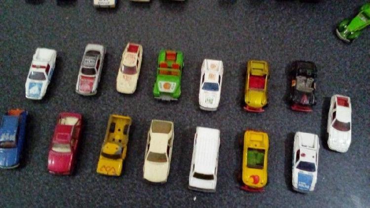 Autos colección buby muky hotwells galgo etc