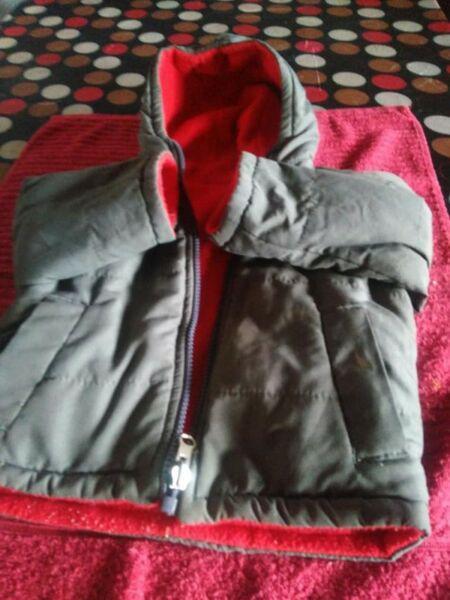 Campera de abrigo niño talle 2