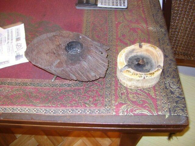 Lote de dos antiguos ceniceros madera tronco rusticos 120