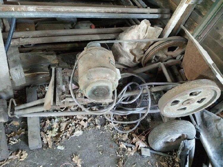 Máquina para picar cascotes con motor trifásico 3hp